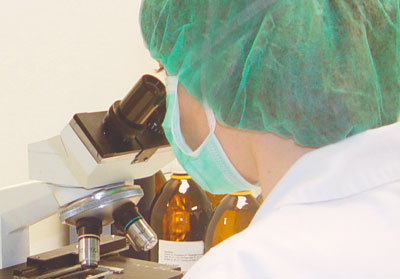 Control de calidad en los laboratorios del grupo Tegor